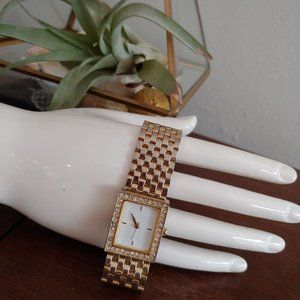 Vintage Rectangle Face Gold Link Watch